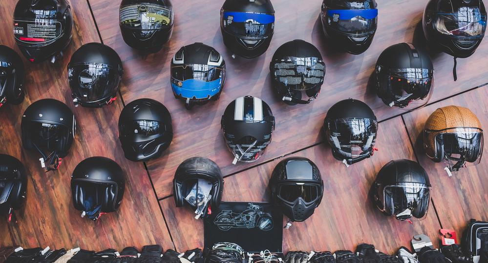 Tipos-de-cascos-de-motos-características-y-modelos.png