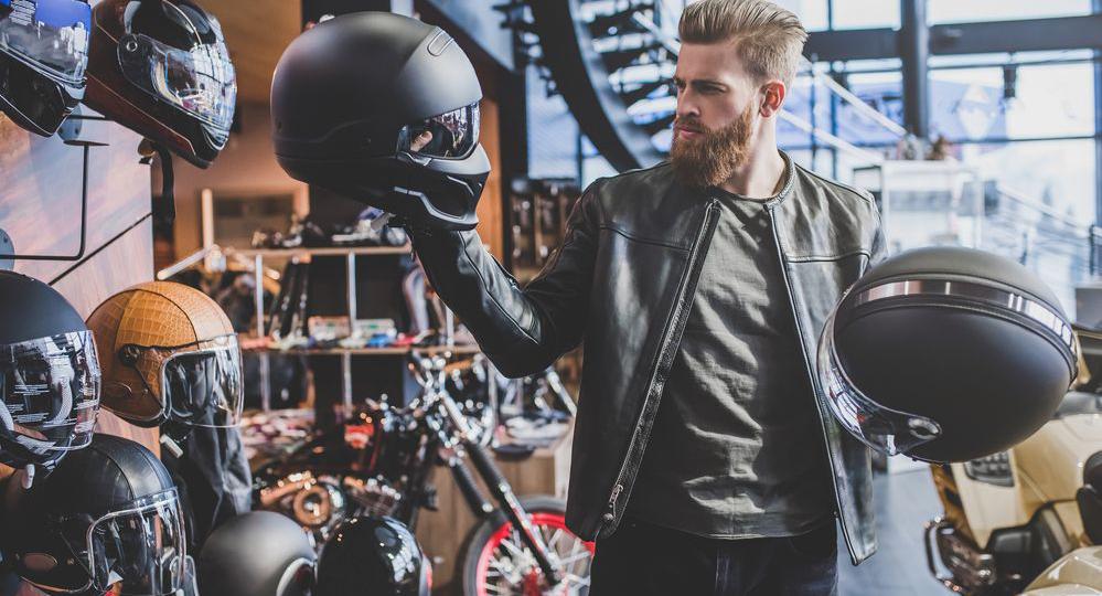Los-mejores-cascos-para-motos-de-carretera.png