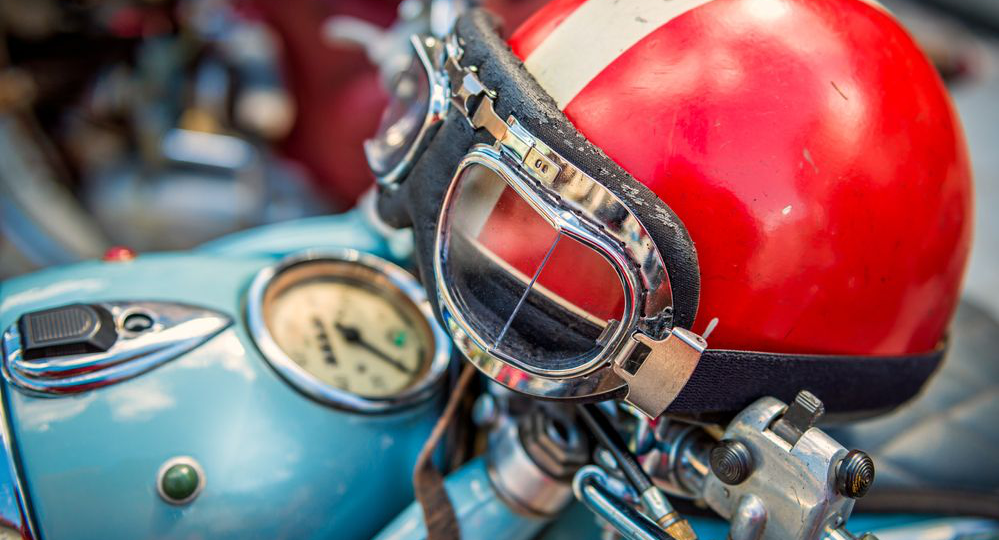 Te-contamos-el-origen-del-uso-del-casco-en-moto