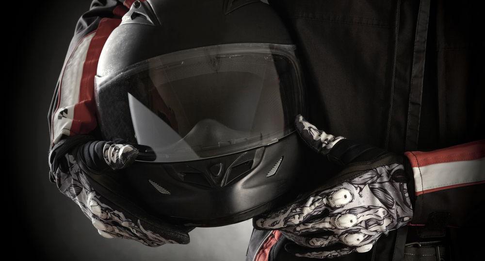 5-Consejos-de-limpieza-para-tu-casco-de-moto